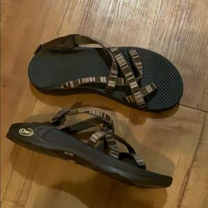 Brown CHACO sport sandals size 6